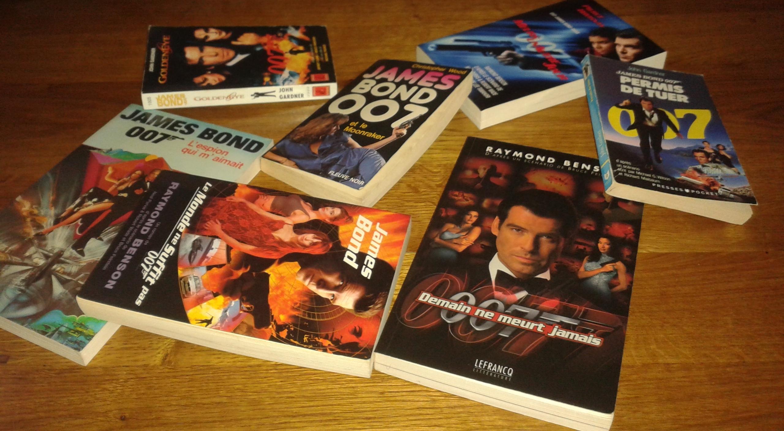 Les novélisations de Bond par Christopher Wood